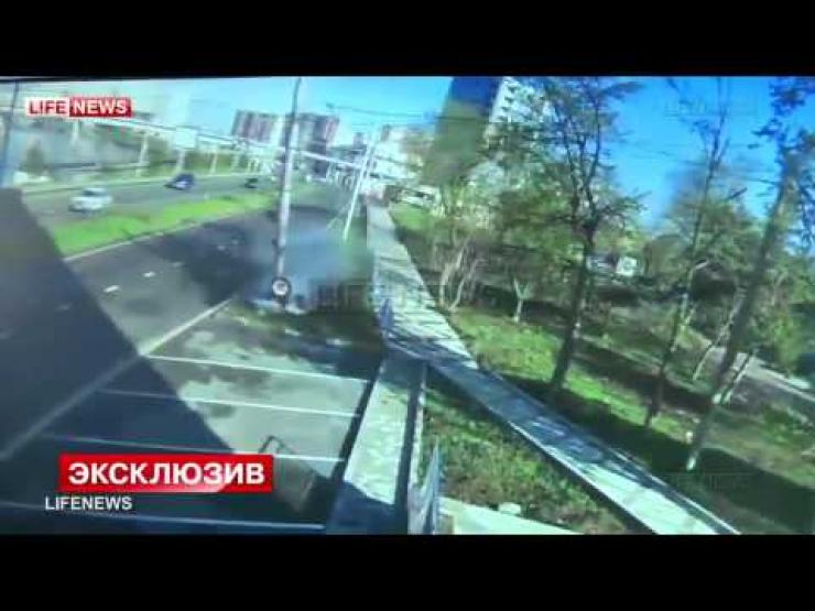 Shocking  Russian footballer Andrey Yeshchenko crashes at 105 MPH