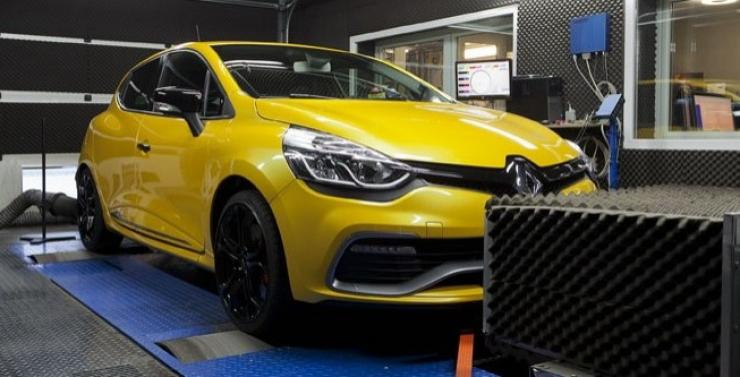 br performance 230 240 ps renault clio rs video burnout. Black Bedroom Furniture Sets. Home Design Ideas